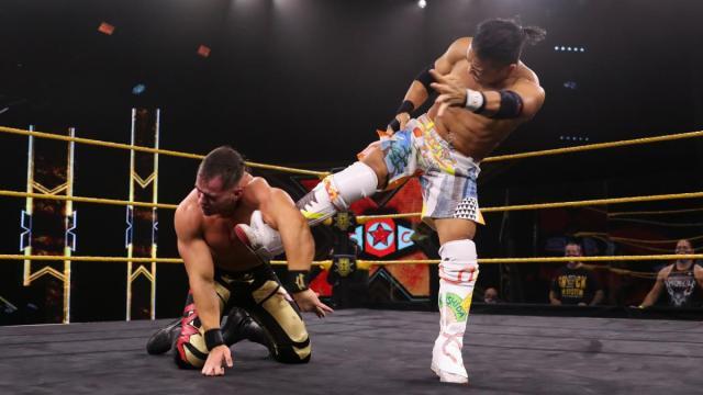 Kushida kicks Austin Theory's injured arm