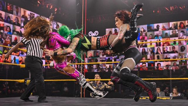 Shotzi Blackheart gets double teamed by Aliyah and Mercedes Martinez