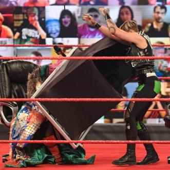 Women of the WWE – March 28-April 01