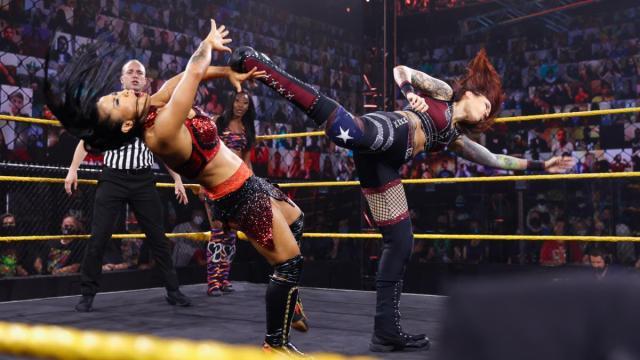 Mercedes Martinez kicks Xia Li in the face