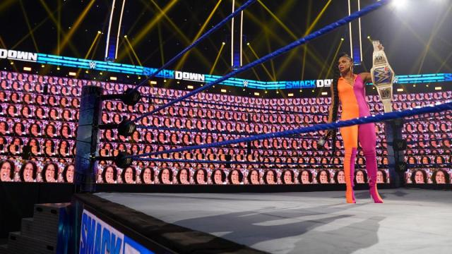 Bianca Belair find herself surrounded by a ThunderDome full of Bayleys