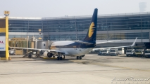 Jet Airways Boeing 737-800 (VT-JBD) Delhi Airport