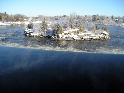 Hoar frost on & around the island at the weir in Arnprior.