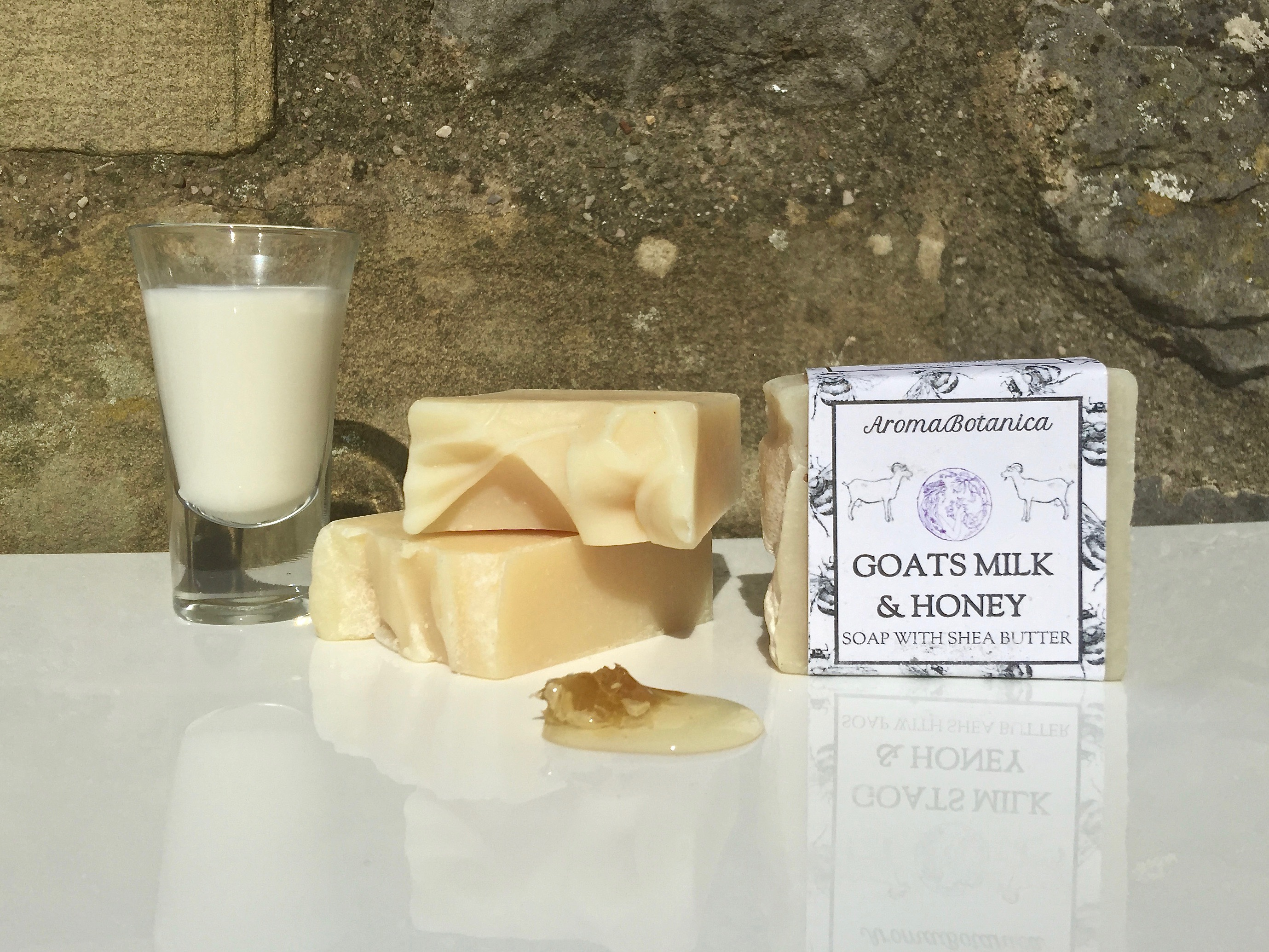 Pure & Simple Soap – Goats Milk & Honey