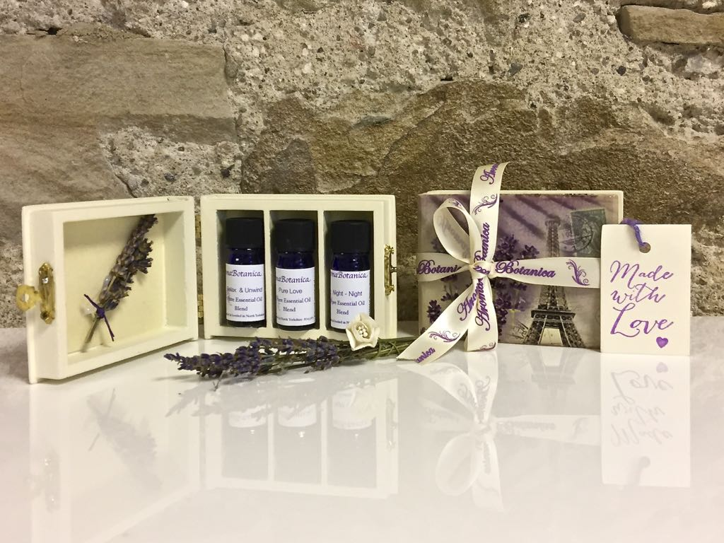 Essential Oil Blends Gift Box – Revive