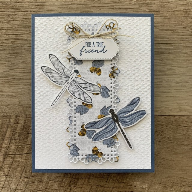 By Su Mohr for FMS; Click aromasandart to go to my blog for details! Featuring: Dragonfly Garden Stamp Set, Dragonflies Punch, Dandy Garden Designer Paper, Ornate Layers Dies, Ornate Frames Dies; #friendshipcards #dragonflygarden #dragonflies #dandygarden #beesoncards #honeybees #jan-june2021catalog #stampinup2021 #stampinup #onstageathome #handmadecards #handcrafted #diy #cardinstruction #papercrafting