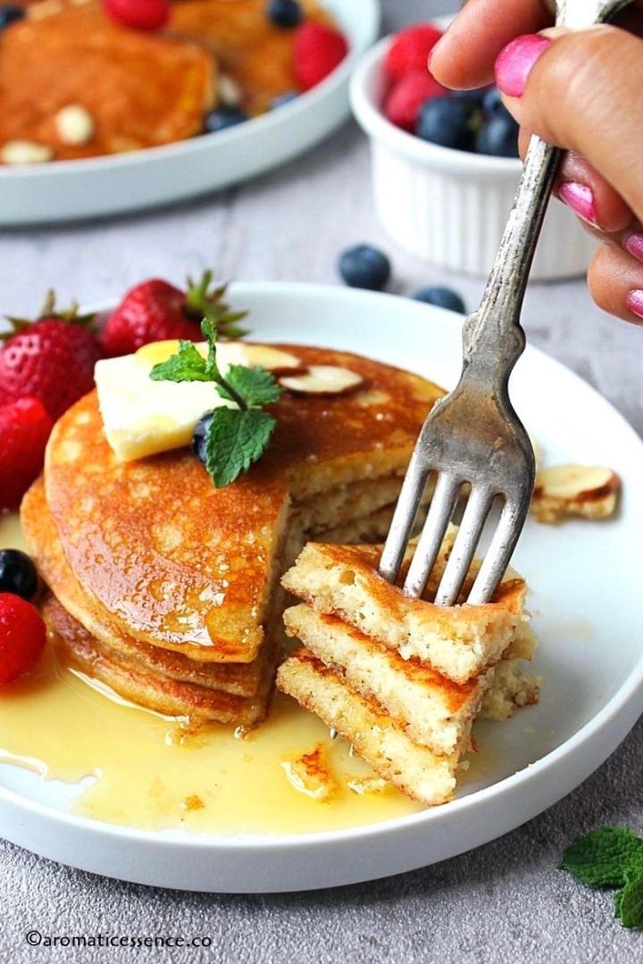 Almond pancakes on a fork-1