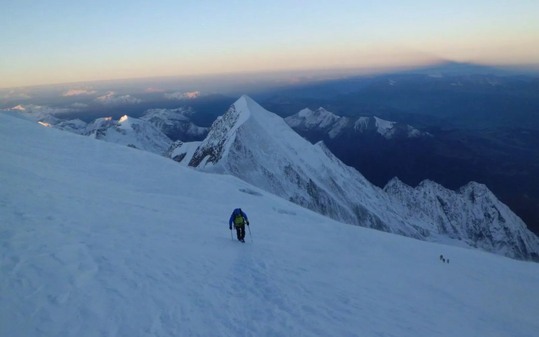 Una expedición al Mont Blanc en estilo alpino