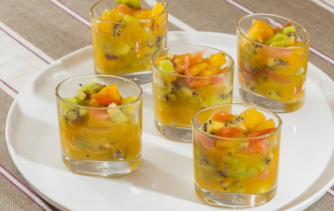 Verrines de fruits au Champagne