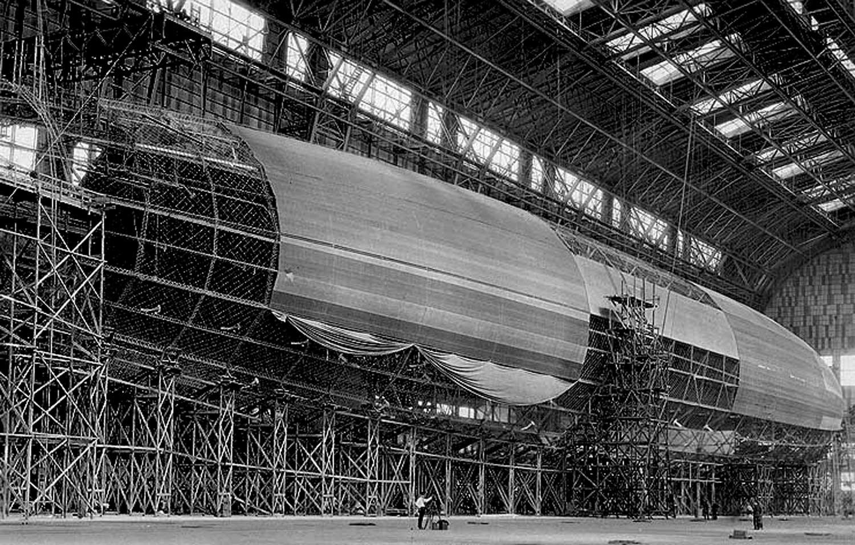 Zeppelin  Aron Hemingway