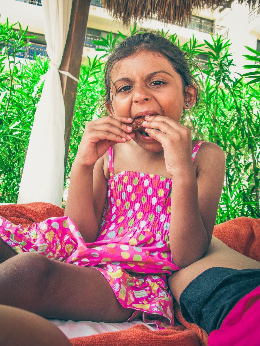 Shalini Enjoys Chicken Wings From The Barefoot Grill
