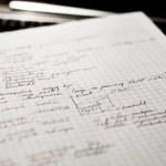 紙は電気なしで使える情報再生機器-紙を使用するメリットとデメリット-