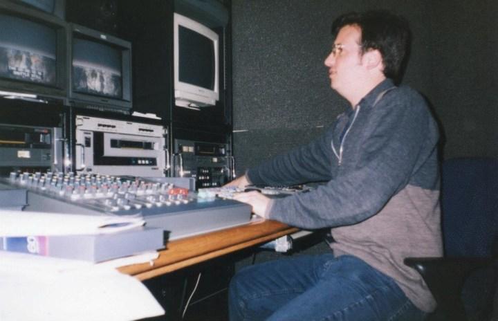 Andrés, ¿editando? el Ojo TV, un programa de televisión que también salió de la revista.