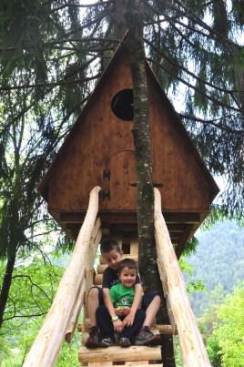 La casa sugli alberi. Il Tree Village a Claut (PN)