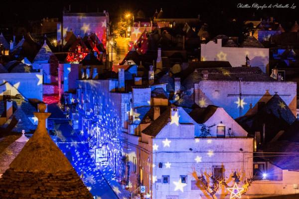 Alberobello Light Festival. I trulli illuminati come non li avete mai visti. Due volte l'anno a dicembre e ad agosto.