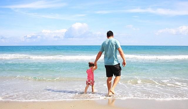 Genitori single con bambini: vacanze su misura alle Cinque Terre in Resort con spiaggia e piscina