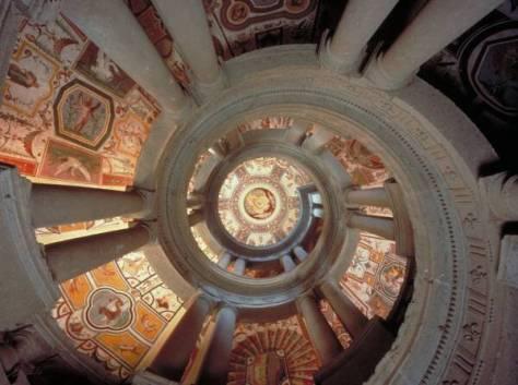 palazzo_farnese_scala_regia soffitti