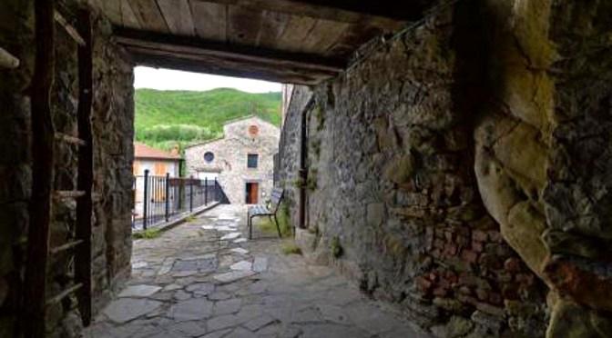 Borghi da favola/ 2: coi bambini alla scoperta degli alberghi diffusi Centro Italia