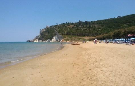 vacanze puglia gargano bambini  spiaggia di Calenella