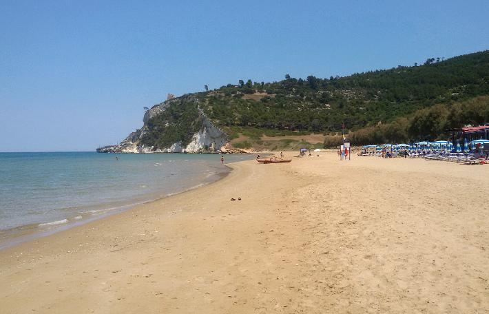 vacanze dopo la quarantena weekend bambini gargano spiaggia di Calenella