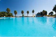 alba_azzurra_piscina_2-1756-600-400-100-rd-255-255-255