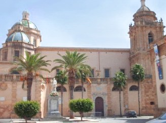 Sicilia con i bambini itinerario trapanese Mazara del Vallo-cattedrale