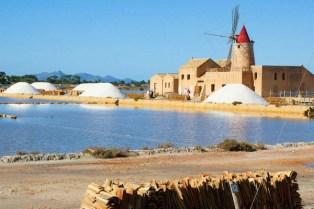Sicilia con i bambini itinerario trapanese Stagnone-i mulini