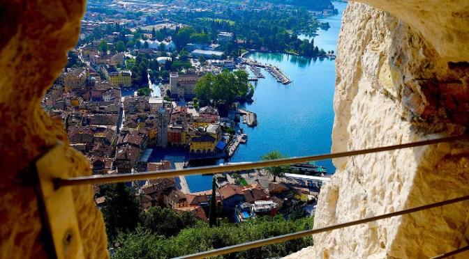 Lago di Garda per bambini, il versante del Trentino tra monti, laghi e passeggiate