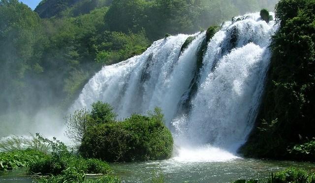in Umbria con i bambini: le Cascate delle Marmore e le acque della Valnerina