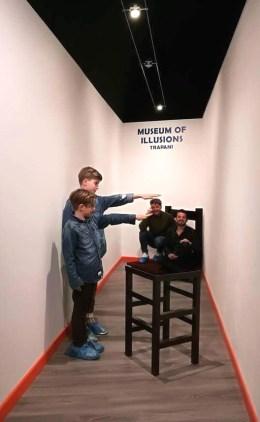 MOOI-museo dele illusioni ottiche-stanza