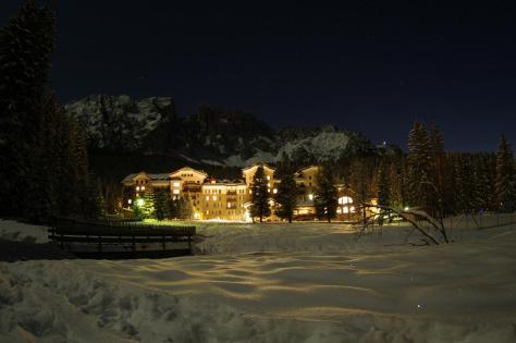 sciare con i bambini carezza ski alto adige residence hotel carezza direttamente sulle piste