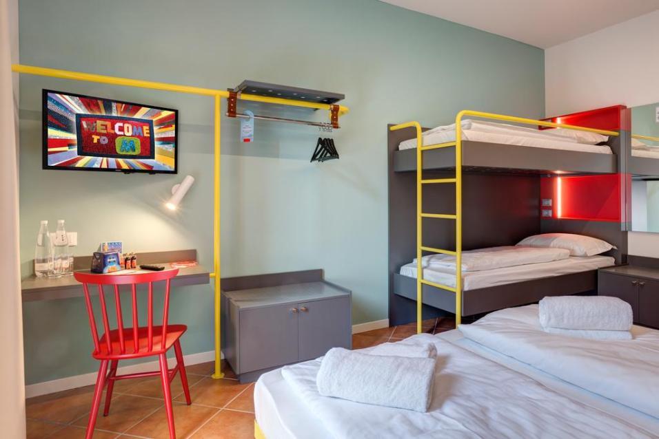 milano con i bambini - meininger hotel camera family