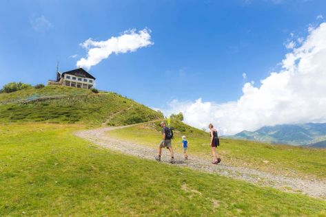 weekend bambini piemonte oasi zegna rifugio monte marca