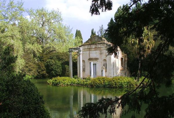 Reggia-di-Caserta-esterni-giardino-inglese-ph.Twice25-Rinina25