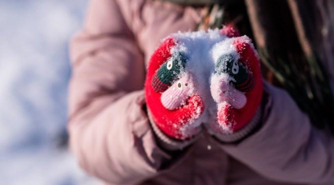 Bimbi sulla neve- foto di Dmitriy Gutarev