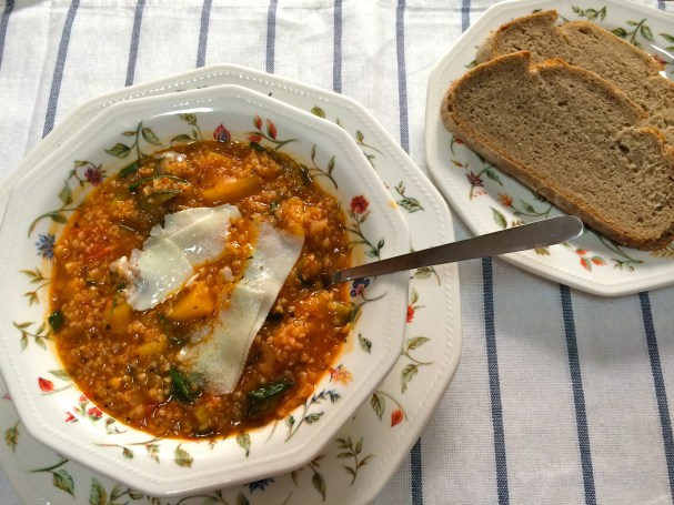 Bulgur and Rucola Vegetable Soup