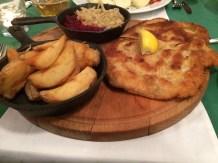 Sznycel z burakami i kapusta - Schnitzel with beets and sauerkraut