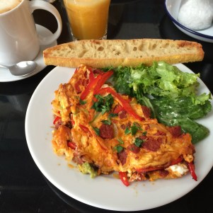 Chorizo omelette with guacamole