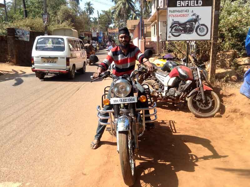 Royal Enfield Bullet Machismo 500 cc MH 12 EZ 1304 Goa - Kathmandu
