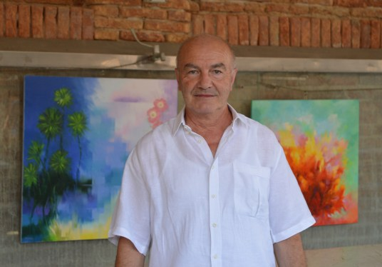 Alex Fumagalli, a painter and artist from Comacchio, Italy
