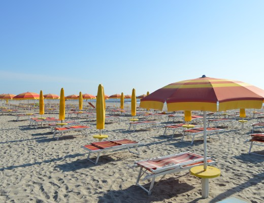 Deckcchairs and umbrellas on the beach at Spiaggie e Mare