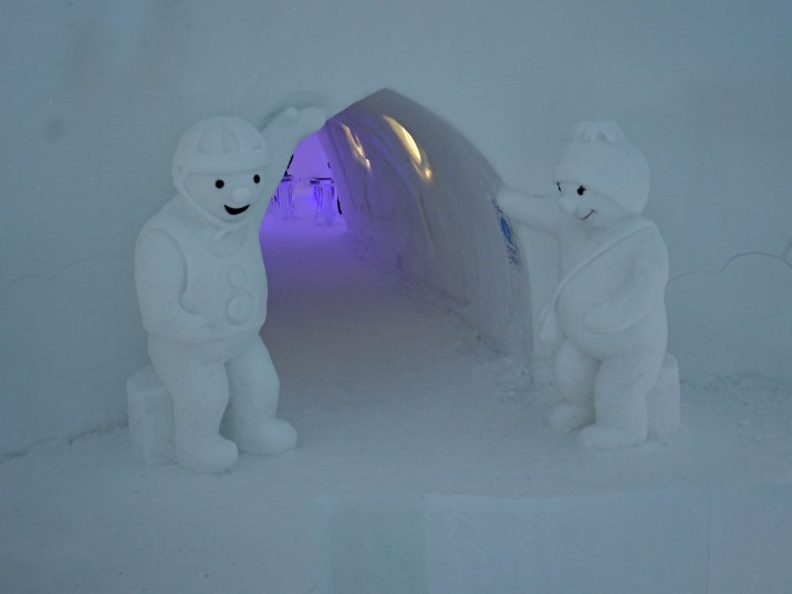 Giant Snowmen at Snowman World