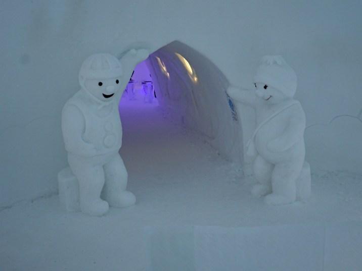 Giant Snowmen at Snowman World