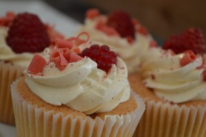 Rasberry cupcakes from Lough Erne Cakes