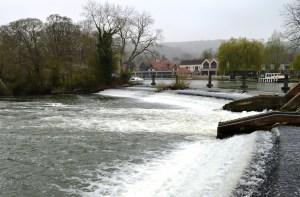 Mapledurham Lock weir on the River Thames