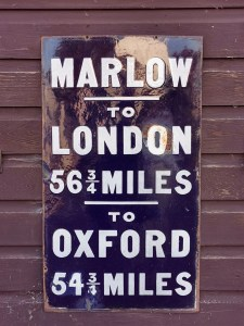Marlow to London to Oxford sign at Marlow Lock on the River Thames