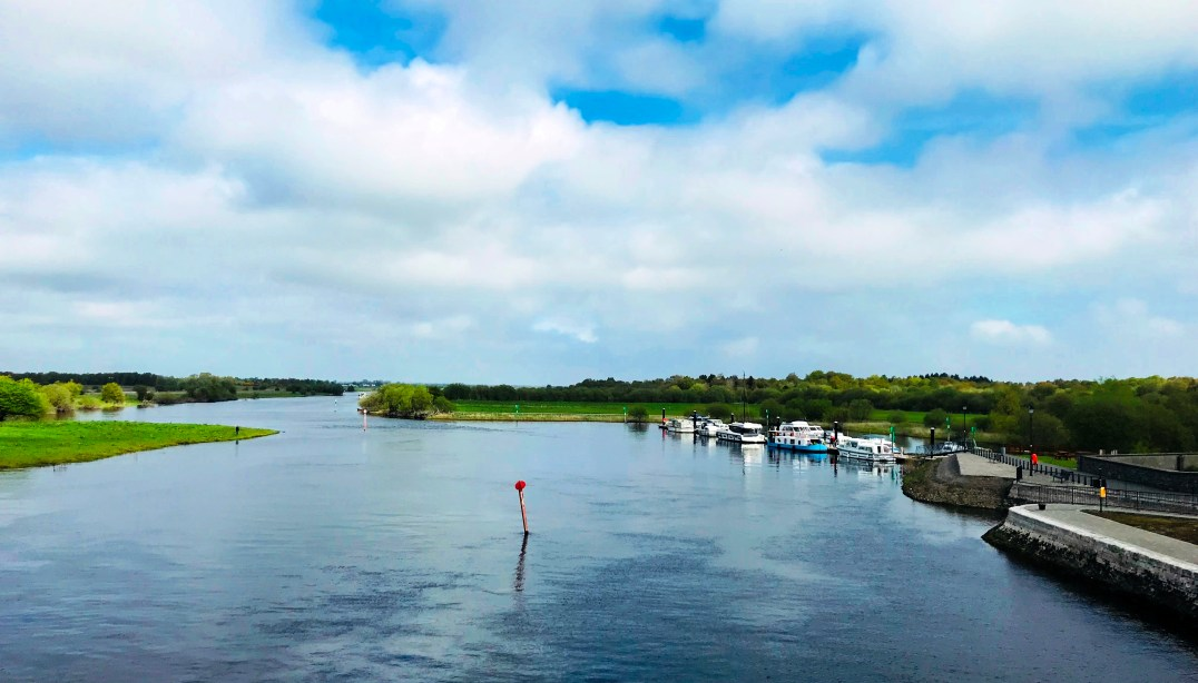 The beautiful and scenic River Shannon in the heart of Ireland