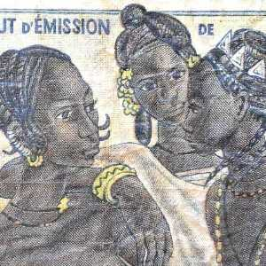 Togo 50 Franc banknote front (2), featuring 3 women