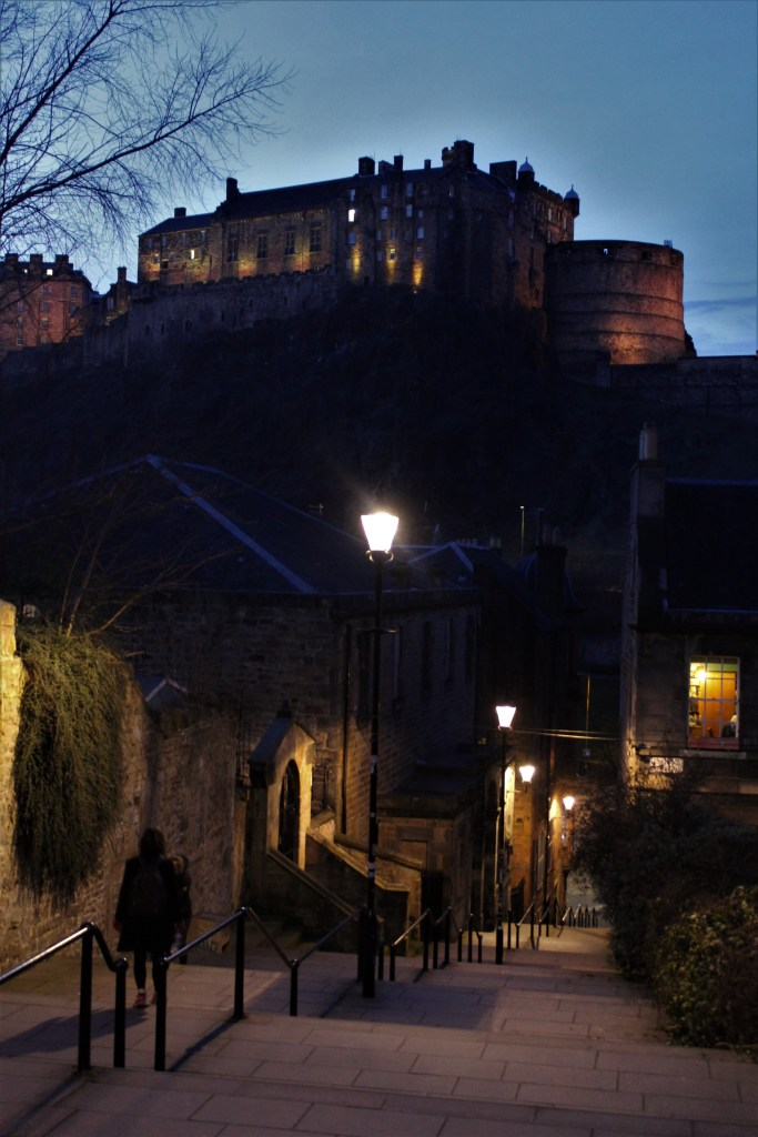 edinburgh castle instagram