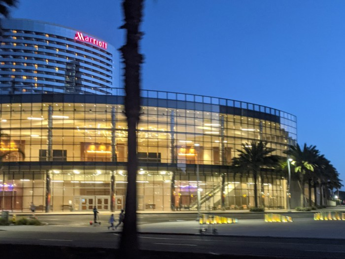 Image of the Marriot in downtown San Diego at dusk